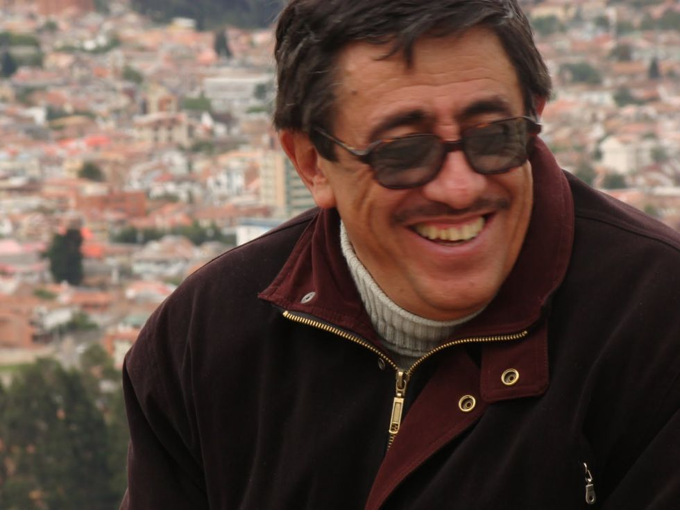 1 El poeta Jorge  Dávila Vázquez