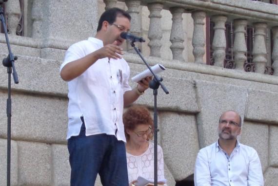 4 Lectura en la Plaza del Ayuntamiento_1