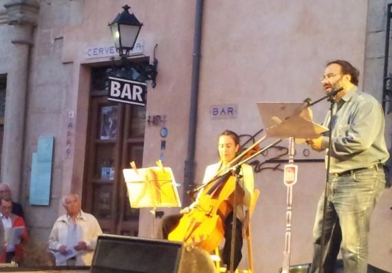 7B Alfredo Pérez Alencart, lectura en Ávila (foto Xenaro Ovín)