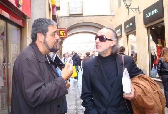 6 Carlos Aganzo y Jorge Fragoso, en la calle Prior (2007, foto de Jacqueline Alencar)