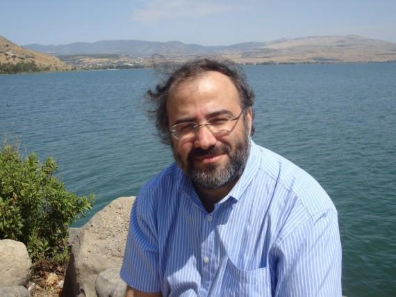 1Alfredo Pérez Alencart en el mar de Galilea (2014)