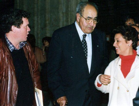 3 Baquero con Nidia Fajardo y Vladimir Zamora, en la Pontificia (foto de A. P. Alencart, 1993)