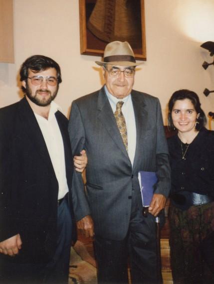 5 Alfredo, Gastón y Jacqueline  en la Universidad de Salamanca (1992)