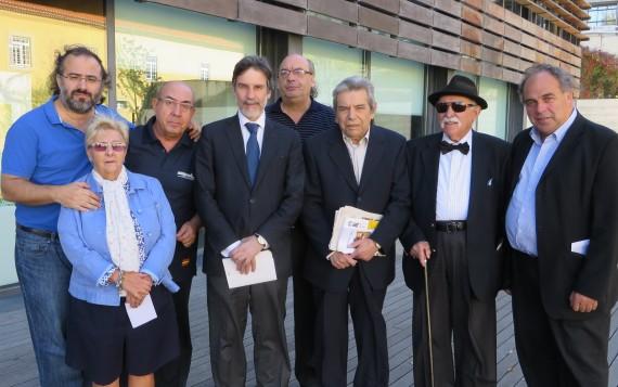 5 Los poetas Alencart, Amat, Sánchez, Luís Correia (alcalde de la ciudad), Quirós, Salvado, Frayle y Amador en Castelo Branco (foto de Jacqueline Alencar))