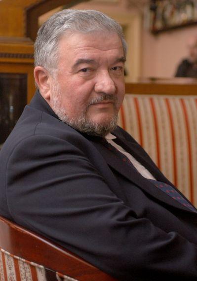 1 El escritor croata Ernest Fi_er
