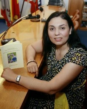 stefania di lera lee poenas en los viernes de sarmiento . gvillamil