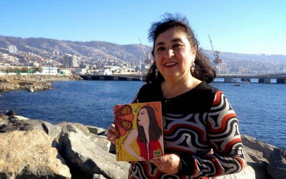 7 La escritora Marianela Puebla