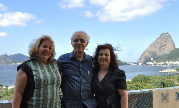 9 Juçara Valverde, Edir Meireles y Marcia Barroca, en Río de Jaineiro
