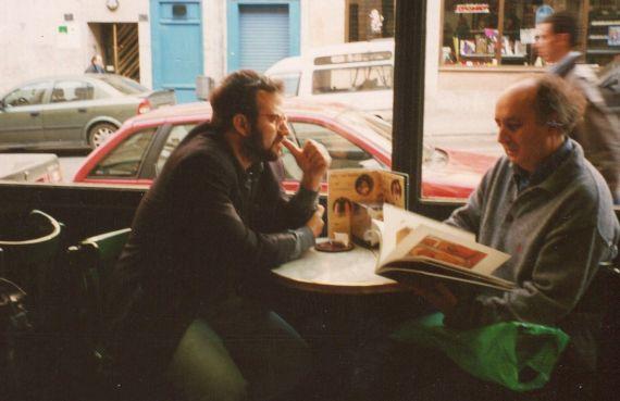 10 Alfredo Pérez Alencart y Antonio Colinas en el Café di Roma (2001)