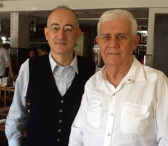 7 Con el destacado poeta brasileño Antonio Miranda