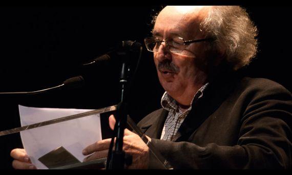 1-antonio-colinas-leyendo-en-el-xviii-encuentro-de-poetas-iberoamericanos-salamanca-2015-foto-de-jose-amador-martin