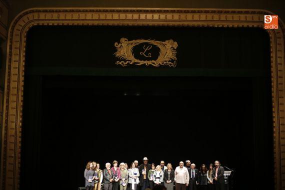 5-otra-imagen-de-los-poetas-presentes-el-jueves-17-de-noviembre-foto-de-alejandro-lopez-salamancartv
