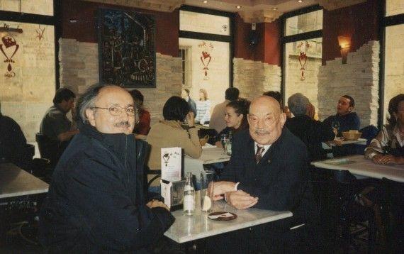 3 Antonio Colinas y José Hierro en Salamanca, 2001 (foto de A. P. Alencart)