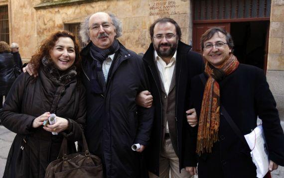 6 Clara Colinas, Antonio Colinas, Alfredo Pérez Alencar y el pintor Miguel Elías (foto de David Arranz, 2011)