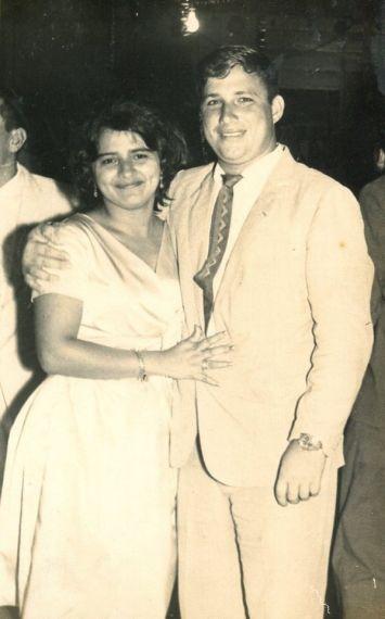 7 Rosa Alencart y Alfredo Pérez Troncoso, padres del poeta
