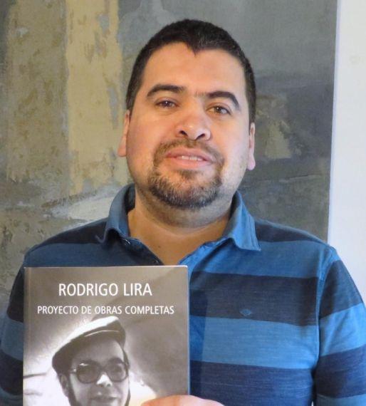 3 El poeta e investigador chileno Marcelo Gatica