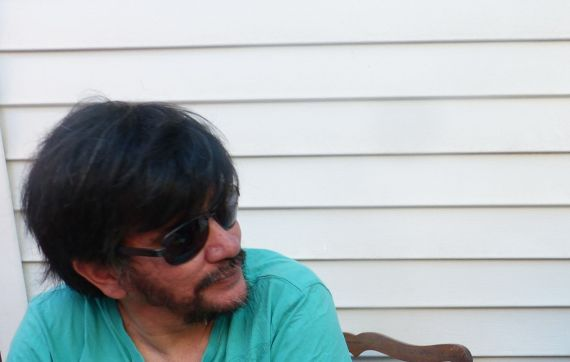 1 El poeta chileno Camilo Cantillana