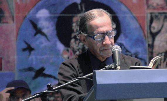 5 El poeta y filósofo Jaime García Maffla
