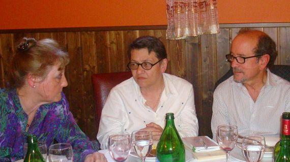 6 Carmen Ruiz Barrionuevo, Lilliam Moro y Emilio Mozo en el Colegio Fonseca (Foto de jacqueline Alencar)