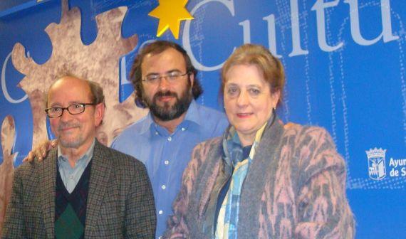 8 Emilio Mozo, Alfredo Pérez Alencart y Carmen Ruiz Barrionuevo(foto de Jacqueline Alencar)