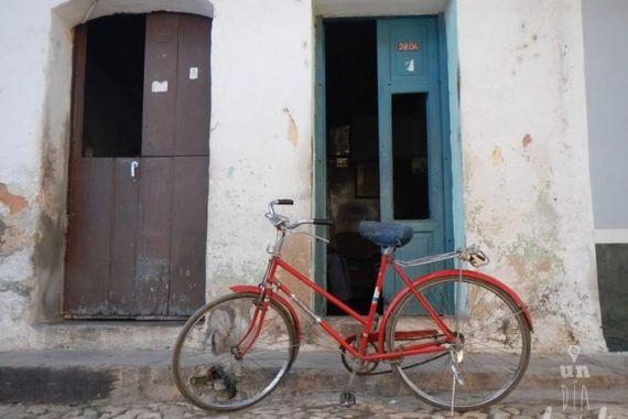 4 Bicicleta en una calle de Trinidad