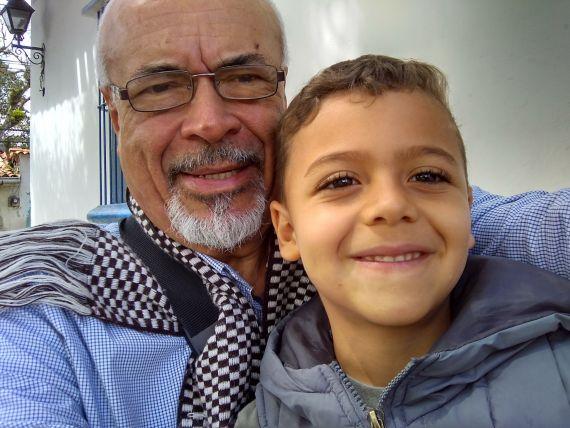 2 Gabriel Jiménez Emán y su nieto Emiliano