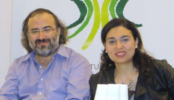 2 A. P. Alencart y Stefania Di Leo, presidente y secretaria del jurado (foto de J. Alencar)
