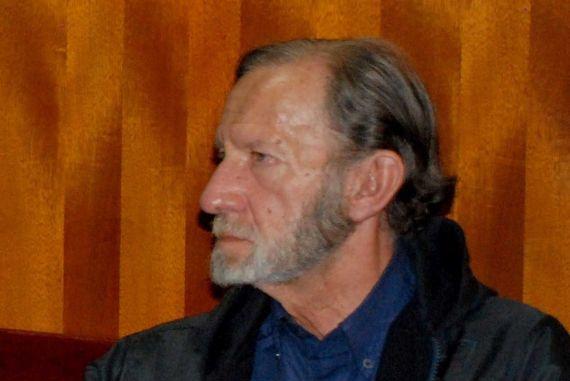 2 El poeta y filósofo colombiano Jaime García Maffla
