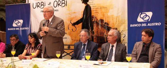 3 Un momento de la presentación del V Certamen de Poesía Hispanoamericana Festival de la Lira