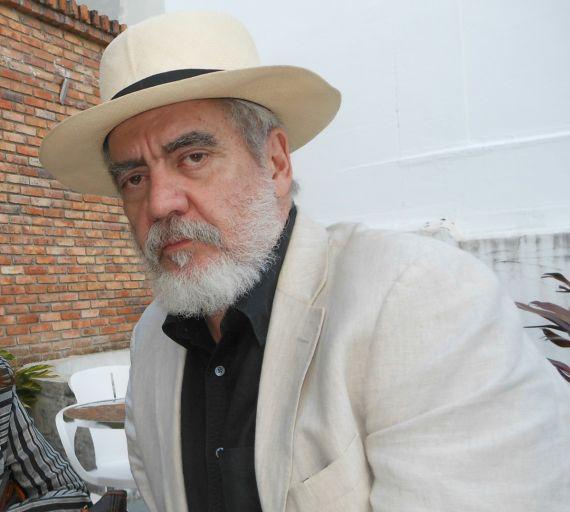 11 Alejandro Oliveros