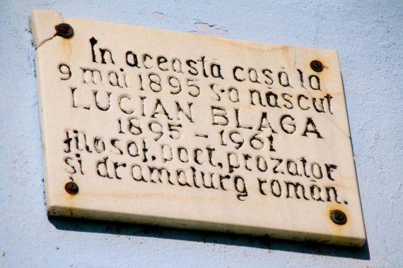 3 Placa de la casa memorial de Lucian Blaga