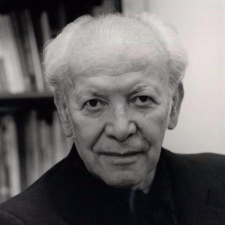 15 El poeta chileno Humberto Díaz Casanueva