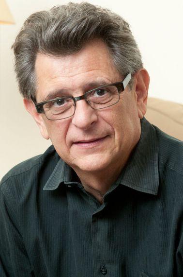 1 El poeta cubano-americano Pablo Medina
