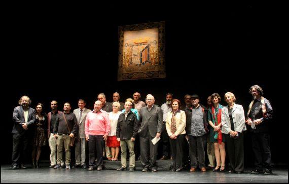 1 Poetas iberoamericanos que leyeron sus textos el 26 de octubre