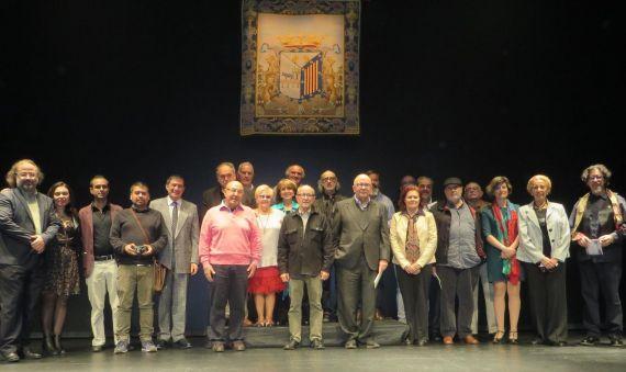 26 Poetas en el escenario de Teatro Liceo. Jornada de clausura (foto de José Amador Martín)