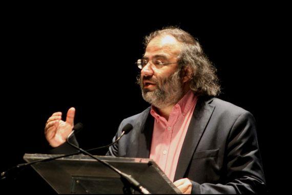 3 Alfredo Pérez Alencart, poeta, profesor de la Universidad de Salamanca y coordinador de los Encuentros de Poetas Iberoamericanos