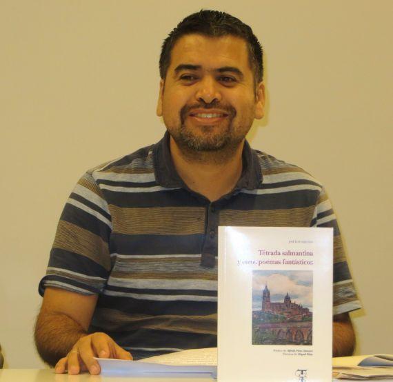 5 El poeta y ensayista chileno Marcelo Gatica