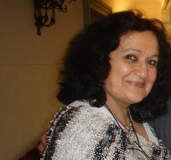 1 La poeta argentina Amelia Arellano