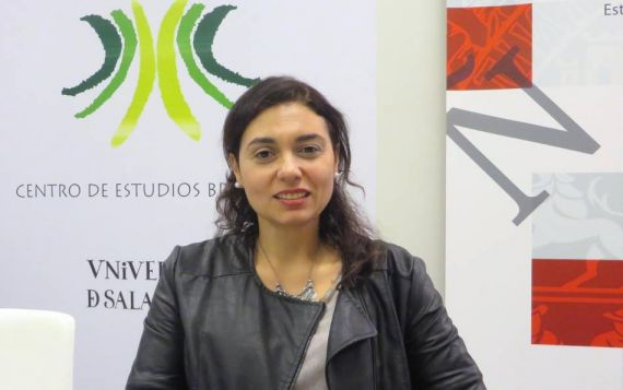 1 La poeta y traductora Stefania Di Leo (foto de Jacqueline Alencar)