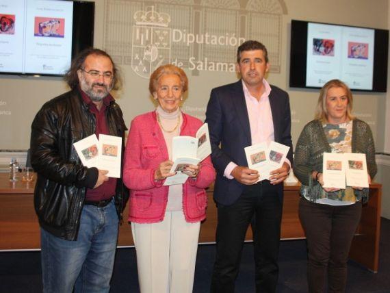 7 A. P. Alencart, Pilar Fernández Labrador, Julián Barrera e Inmaculada G. Salas, con los libros ganadores de la IV edición