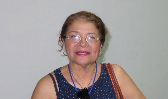1 La poeta Gloria Gabuardi