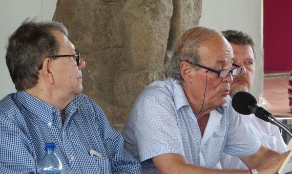 2Emilio Coco leyendo en la Universidad Centramaericana de Managua
