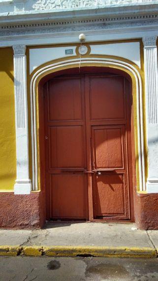 7 Puerta de la casa de Curiel