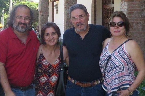 9 Alfredo P. Alencart, Jacqueline Alencar, Humberto Avilés y Juanita Büschting (foto de A. D. )