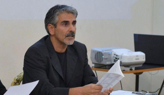 1 El poeta, profesor y traductor Gianni Darconza (2017)