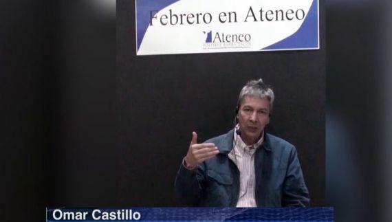 1 Omar Castillo en la presentación de su nuevo libro