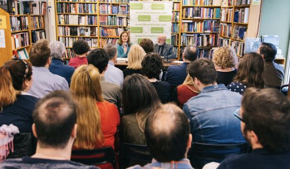 19 Presentación en Málaga de la novela 'Aniela Buda, de la venezolana Olga Fuchs