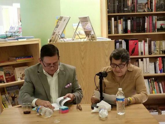 9 Félix Anesio y Llilliam Moro, durante la presentación