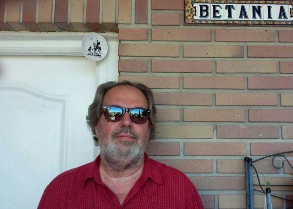 1 El poeta y editor cubano-español Felipe Lázaro (2017)