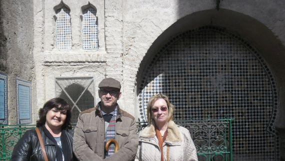 4 Maria do Sameiro Barroso con Mezouar y Mará José Sierra, en Tetuan
